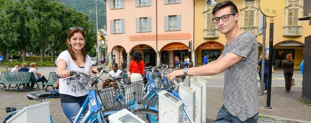 Boom delle bici, il servizio raddoppia