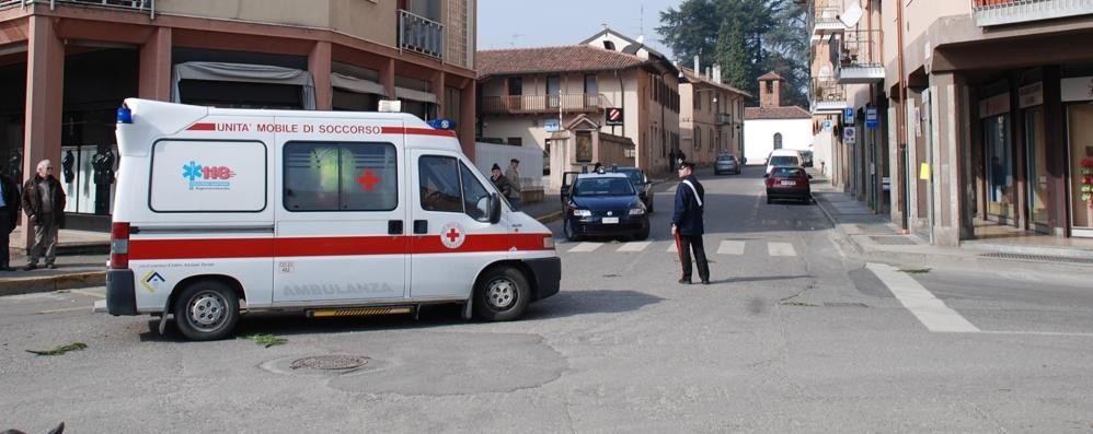 Un'altra donna aggredita  Carabinieri a Mozzate