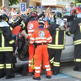 La Croce Azzurra compie 35 anni  Rovellasca festeggia i volontari