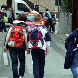 """Lotta alla fuga da scuola   """"Braccialetti rossi""""apre la festa"""