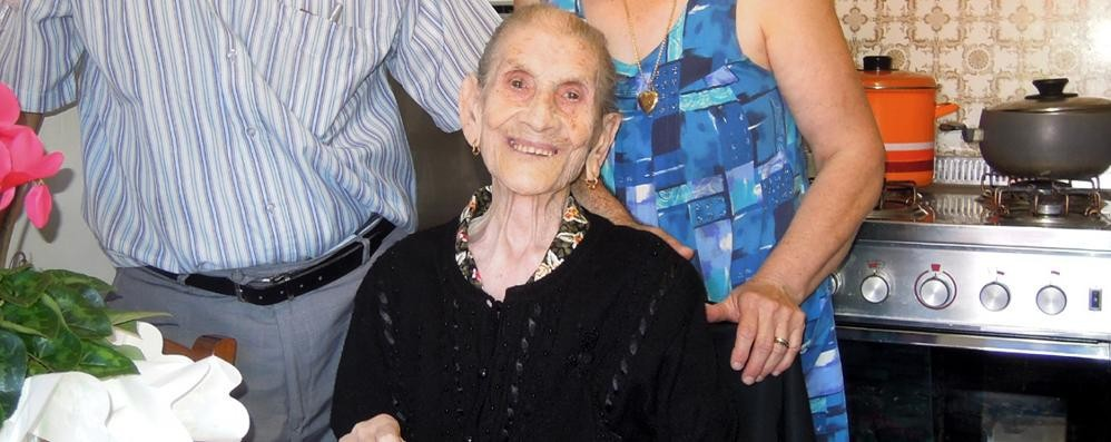 Vertemate, addio a nonna Felicia  Aveva 104 anni. Oggi il funerale