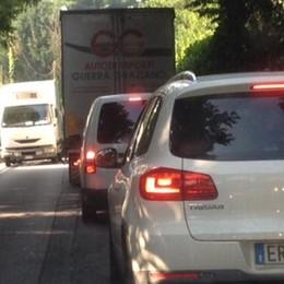 Viabilità, Montorfano soffoca  Traffico da città negli orari di punta