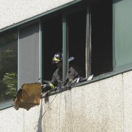 """Villa Guardia: incendio alla """"Carnini"""""""