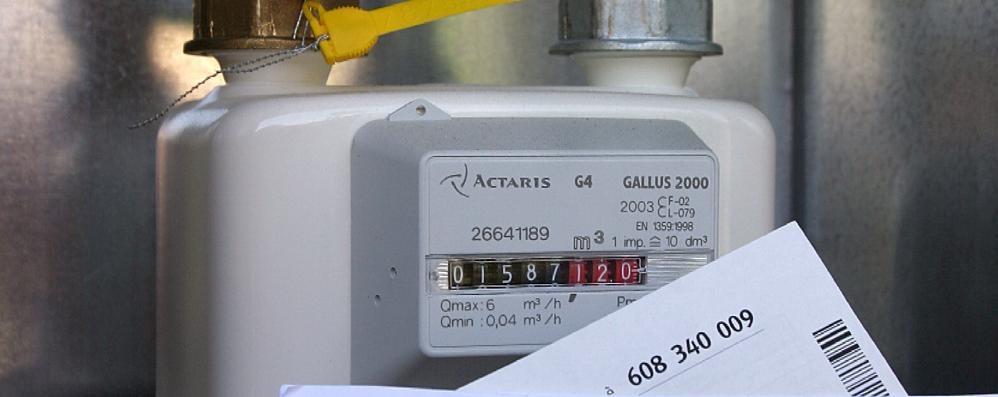 Falsi incaricati e venditori insistenti  A Cantù allarme per le letture del gas