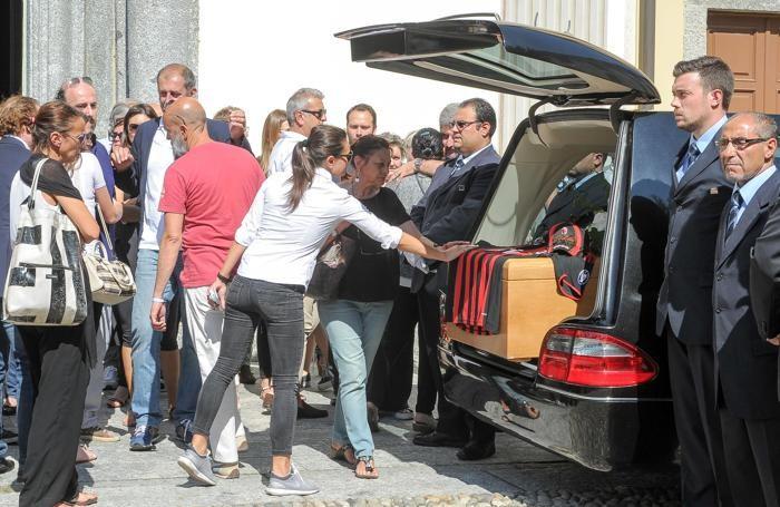 Como San Giuliano funerale di Tommy Vaghi