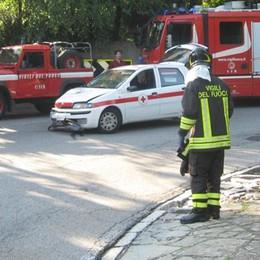 Incidente a San Fedele  Volontaria della Cri fuori strada
