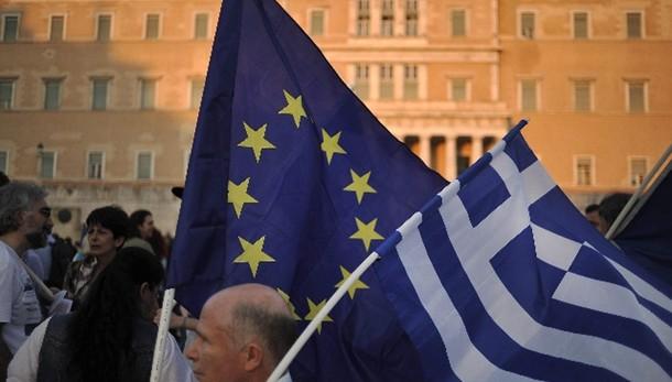 Eurogruppo chiede ritorno Troika a Atene