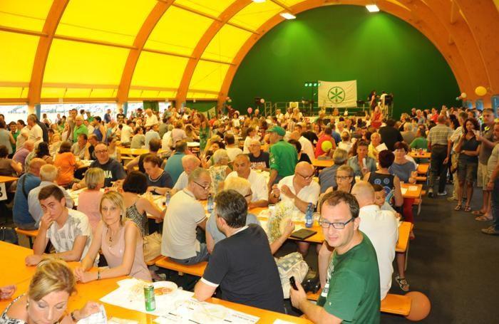 Il pubblico presente a Bulgarograsso