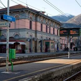 """Da Milano all'Erbese senza bus  Quanto piace il """"treno della notte"""""""