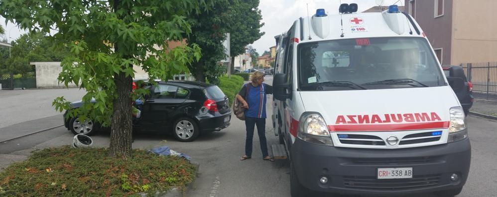 Moto contro auto Incidente ad Arosio