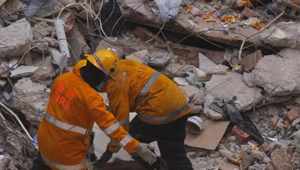 Cina: almeno 6 morti in crollo fabbrica