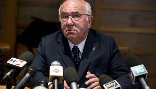 Serie A: Tavecchio, calendario garantito