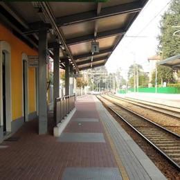 Mariano: «Treni per Milano ogni mezz'ora  E meno code ai passaggi a livello»
