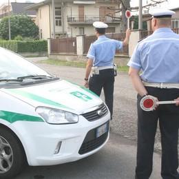 Via ai controlli serali della polizia locale  E Cabiate batte Mariano per tre a uno