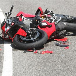 Incidente a Claino  Gravi due motociclisti