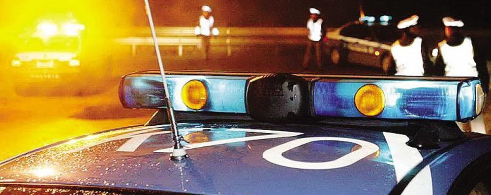Arosio, agguato sulla Statale 36  Lo affiancano in auto e gli sparano