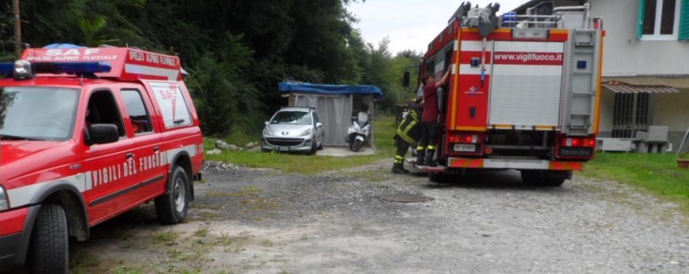 Cacciatore cade nel bosco  Salvato  dai vigili del fuoco
