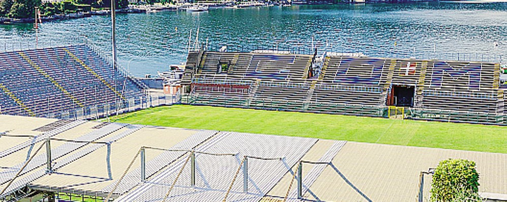 Stadio, la corsa verso la B  Il Calcio Como rassicura i tifosi  «Tranquilli, ce la faremo»