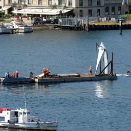 Como trasporto del monumento di Daniel Libeskind alla diga foranea