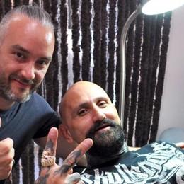 Un tatuaggio a Lipomo  per il cattivo di Hollywood
