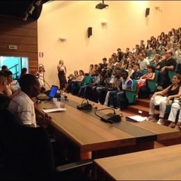 Migranti con studenti in Liceo Cagliari