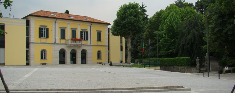 San Fermo-Cavallasca, la fusione salta