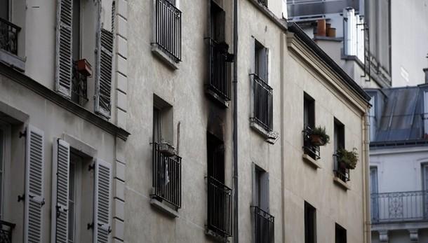 Incendio Parigi, fermato uno squilibrato
