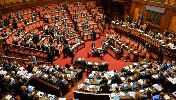 Unioni civili:ddl riparte in Commissione