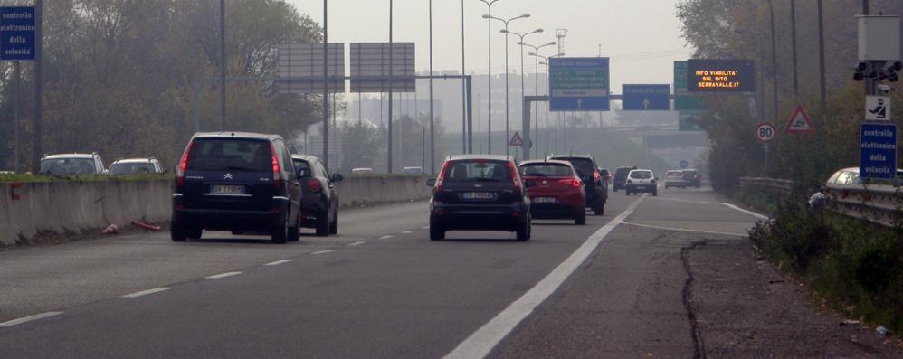 Stangata sulle strade  «Presto si pagherà  anche la Milano Meda»