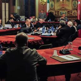 Il Consiglio delibera:  stasera si spreca
