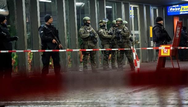 Ministro Monaco, allarme kamikaze Isis