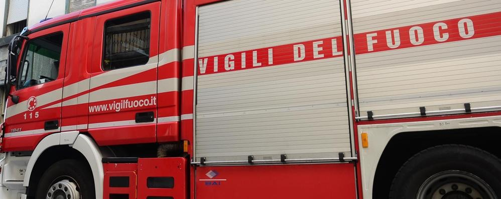 Como, guardia giurata  chiama l'ambulanza  Vigili del fuoco alla Lechler