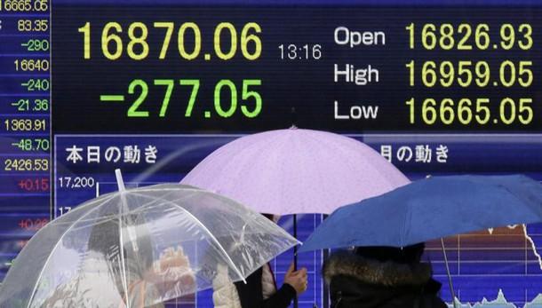 Borsa: Tokyo chiude +0,5%