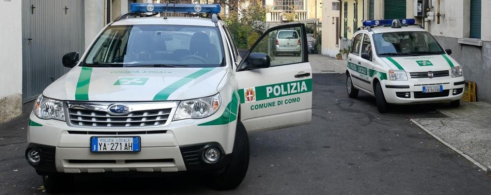 Como, due incidenti   nel giro di pochi minuti
