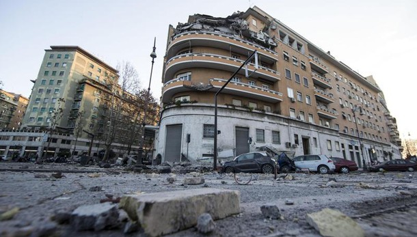 Crollo Roma: ipotesi collasso per lavori