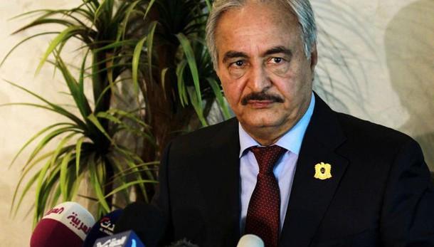Libia: ordinata inchiesta su Haftar