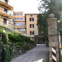 Rimossi i crocifissi a Villa Stefania   «È un malinteso, li rimetteremo»