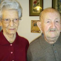 Margherita e Pietro coppia d'acciaio  Sposati da 70 anni a Porlezza