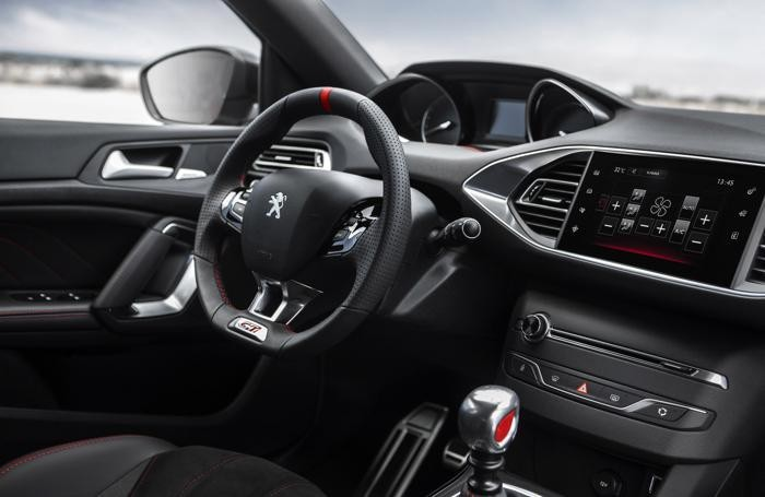 Il cruscotto della Peugeot 308 Gti