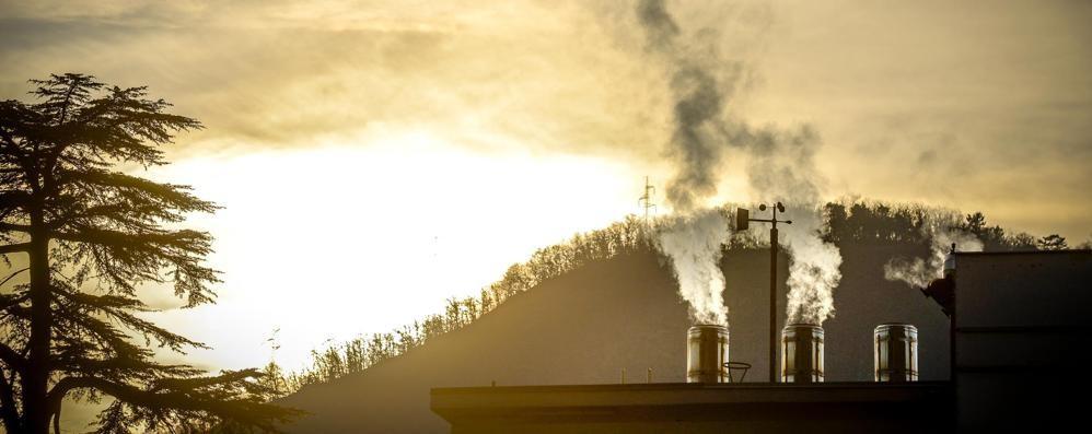 Como, lo smog cala ma è sempre oltre il limite: dato peggiore in Lombardia