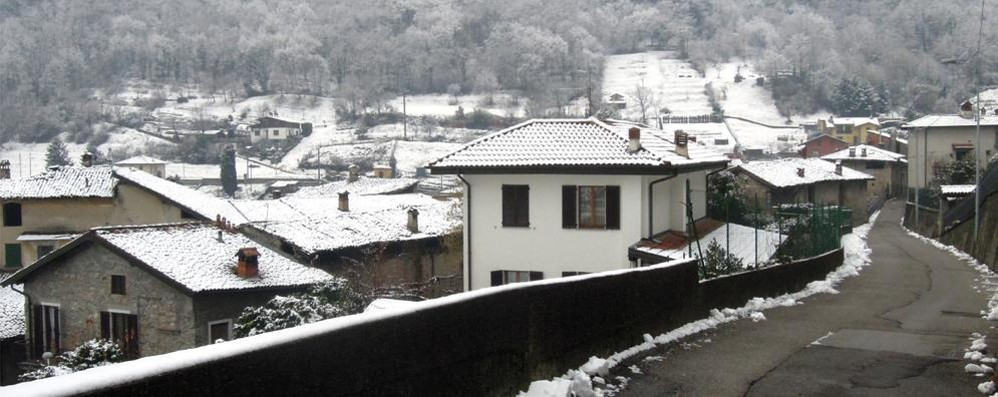 Incontro sulla sicurezza a Caslino  Ma intanto i ladri fanno sette colpi