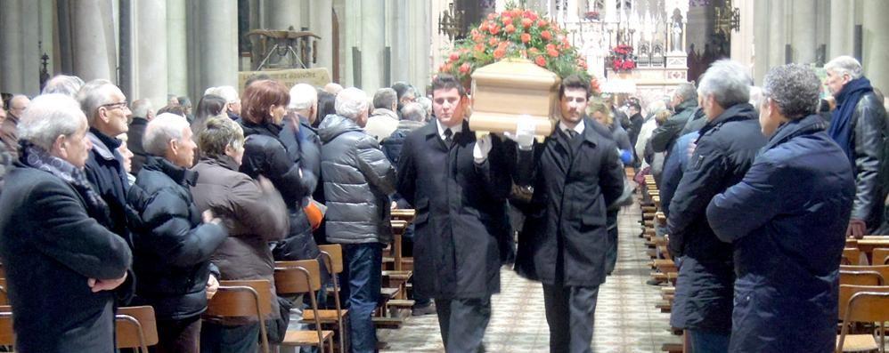 Una folla per l'addio a Giulio Mauri  Tutto il ciclismo, da Paolini a Ballerini