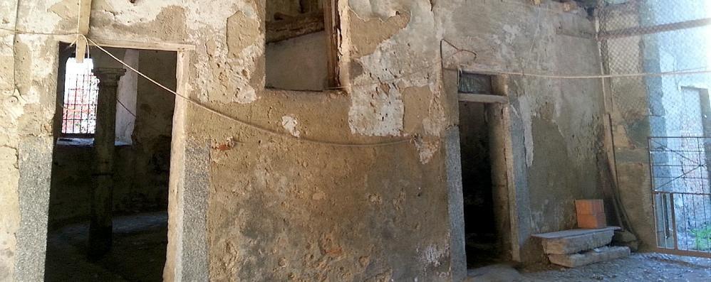 Seimila euro per un palazzo inagibile  Il paradosso del municipio di Lambrugo