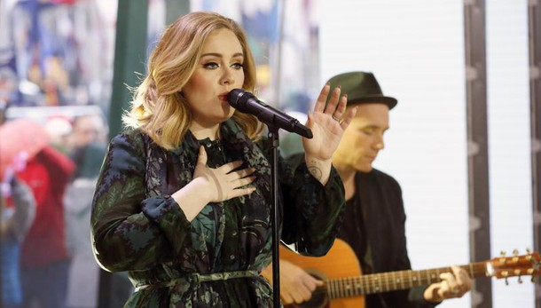 Hit parade, 2016 ancora in segno Adele