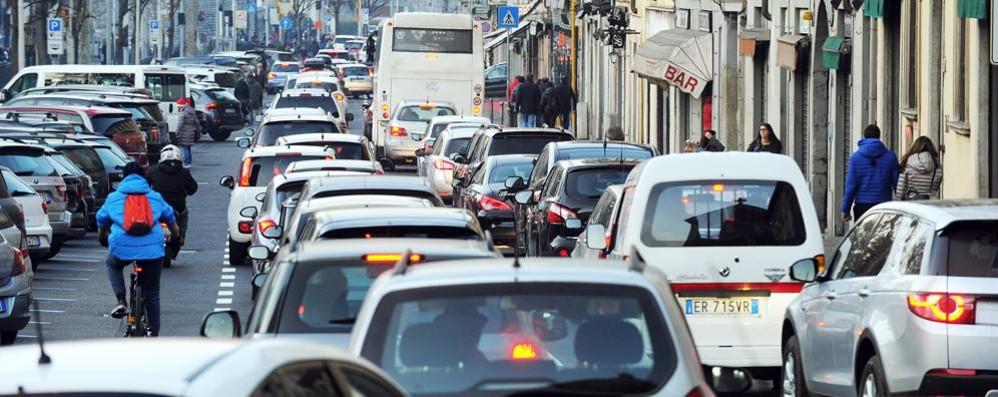La Panda trascina il mercato  Auto, +11% nel 2015 in provincia