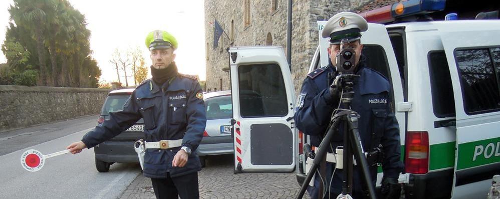 Erba, scontro in giunta sulle multe  «Meglio usare i vigili per la sicurezza»