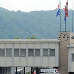 Ticino e Como, mai tanta tensione  Controlli e prime multe ai padroncini