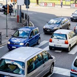 Una rotatoria al posto dei semafori  «Adesso Fino potrà realizzarla»