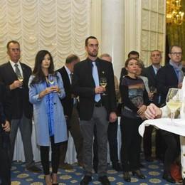 Villa d'Este brinda   con il vino d'eccellenza