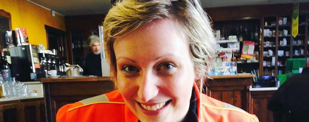 Erba, infermiera salva ciclista «Tra l'indifferenza di tanti»